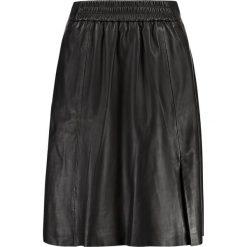 Second Female MELVIN SKIRT Spódnica trapezowa black. Czarne spódniczki skórzane marki Second Female, m, trapezowe. Za 949,00 zł.