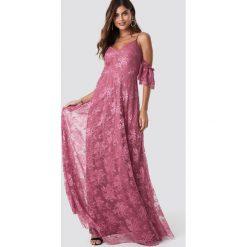 Trendyol Sukienka maxi Rose Dry - Pink. Szare długie sukienki marki Trendyol, na co dzień, z elastanu, casualowe, dopasowane. Za 303,95 zł.