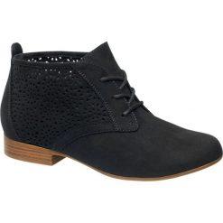 Półbuty damskie Graceland czarne. Czarne creepersy damskie Graceland, z jeansu, na obcasie. Za 99,90 zł.