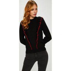 Silvian Heach - Sweter. Szare swetry klasyczne damskie marki Silvian Heach, l, z dzianiny, z włoskim kołnierzykiem. Za 369,90 zł.