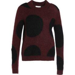 Swetry klasyczne damskie: Second Female LAMA Sweter port royale