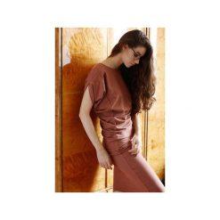 Sukienki: Wygodna Dzianinowa Sukienka Dresowa Terracotta