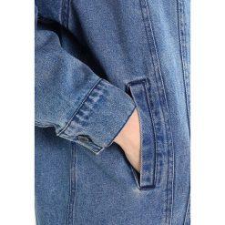 Płaszcze damskie pastelowe: Freequent FANNY JA Krótki płaszcz medium blue