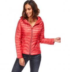 Kurtka zimowa w kolorze jagodowym. Czerwone kurtki damskie pikowane marki Snowie Collection, na zimę, s. W wyprzedaży za 181,95 zł.