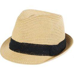 Kapelusze damskie: Słomkowy kapelusz