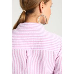 Koszule wiązane damskie: Dorothy Perkins Petite STRIPE  Koszula pink