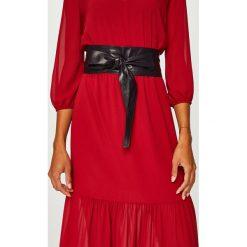 Answear - Pasek skórzany. Czerwone paski damskie marki ANSWEAR, w paski, z materiału. W wyprzedaży za 59,90 zł.