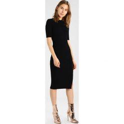 IVY & OAK SHIFT DRESS Sukienka dzianinowa black. Czarne sukienki dzianinowe IVY & OAK. W wyprzedaży za 503,30 zł.