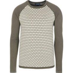 Swetry klasyczne męskie: Sweter w kolorze zielono-khaki