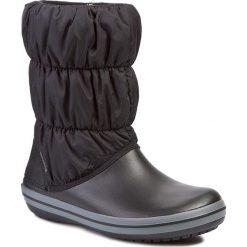 Śniegowce CROCS - Winter Puff 14614 Black/Charcoal. Czarne buty zimowe damskie marki Crocs, z materiału. W wyprzedaży za 199,00 zł.