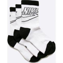 Nike Sportswear - Skarpetki (3-pack). Różowe skarpetki damskie marki Nike Sportswear, l, z nylonu, z okrągłym kołnierzem. W wyprzedaży za 24,90 zł.