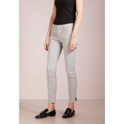 Rurki damskie: BOSS CASUAL Jeansy Slim Fit medium grey