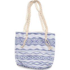 """Torba plażowa """"Heritage"""" w kolorze niebieskim - 40 x 50 cm. Niebieskie shopper bag damskie Begonville, z bawełny. W wyprzedaży za 108,95 zł."""