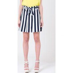 Minispódniczki: Spódnica w kolorze granatowo-białym