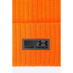 Under Armour - Czapka. Pomarańczowe czapki zimowe męskie marki Under Armour, na zimę, z dzianiny. W wyprzedaży za 69,90 zł.
