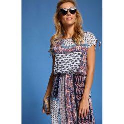 Długie sukienki: SUKIENKA DAMSKA WE WZORY