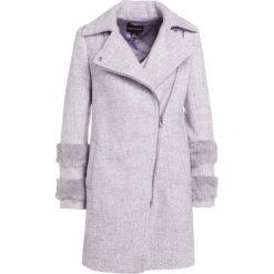 Club Monaco POUROCHISTIA COAT Płaszcz zimowy grey. Czerwone płaszcze damskie wełniane marki Cropp, na zimę, l. W wyprzedaży za 715,60 zł.