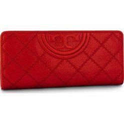 Portfele damskie: Duży Portfel Damski TORY BURCH - Fleming Distressed Slim Envelope Wallet 50272 Cherry Apple 642