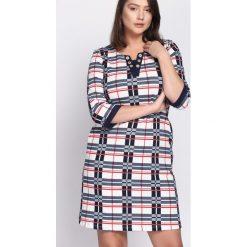Granatowa Sukienka Symmetry. Niebieskie sukienki mini marki Born2be. Za 44,99 zł.