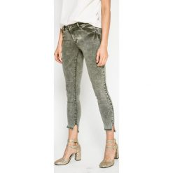Only - Spodnie. Szare rurki damskie marki ONLY, s, z bawełny, casualowe, z okrągłym kołnierzem. W wyprzedaży za 99,90 zł.