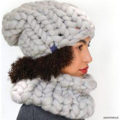 Szary komplet czapka komin z wełny merynosów. Szare czapki zimowe damskie Pakamera, na zimę, z wełny. Za 389,00 zł.