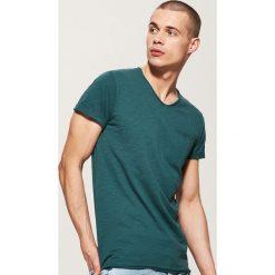 T-shirt basic z kieszonką - Khaki. Brązowe t-shirty męskie marki House, l. Za 35,99 zł.