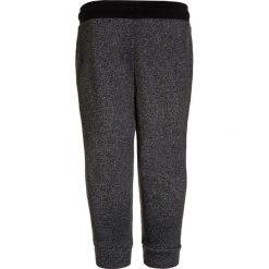 Hummel NOA PANTS XMAS 17 Spodnie treningowe black. Czarne spodnie chłopięce marki Hummel, z bawełny. Za 169,00 zł.