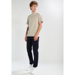 T-shirty męskie: KIOMI Tshirt basic light green