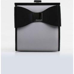 Torebki klasyczne damskie: Koktajlowa torebka z kokardką