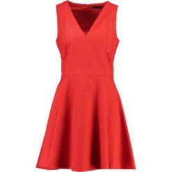 Sukienki hiszpanki: Sisley Sukienka letnia red