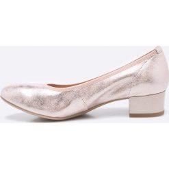 Caprice - Czółenka. Szare buty ślubne damskie marki Kazar, ze skóry, na wysokim obcasie, na obcasie. W wyprzedaży za 239,90 zł.