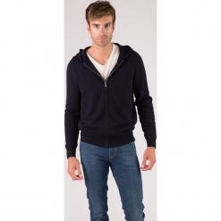 Kaszmirowy kardigan w kolorze granatowym. Czarne swetry rozpinane męskie marki Reserved, m, z kapturem. W wyprzedaży za 434,95 zł.