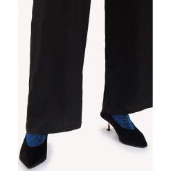 Skarpetki damskie: NA-KD Accessories Lśniące skarpetki – Blue