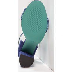 Rzymianki damskie: LAB Sandały na obcasie glitter celeste azurro/deep blue
