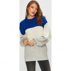 Trendyol - Sweter. Szare swetry klasyczne damskie Trendyol, l, z dzianiny. Za 79,90 zł.