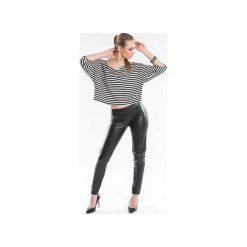 Luźna bluzka w paski SL1058. Czarne bluzki damskie Soleil, xl, w paski, z krótkim rękawem. Za 79,00 zł.