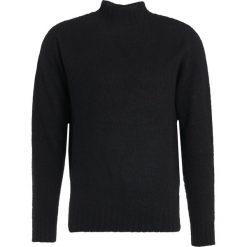 Swetry klasyczne męskie: YMC You Must Create MONTAND Sweter black