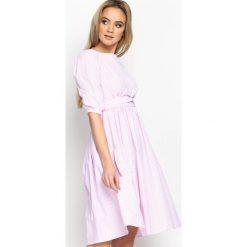 Sukienki hiszpanki: Różowa Sukienka Just A Thought