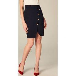 Spódniczki: Ołówkowa spódnica z ozdobnymi guzikami - Niebieski