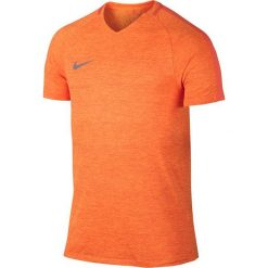 Nike Koszulka męska M NK Dry Top SS Squad Prime pomarańczowa r. M (806702 842). Brązowe koszulki sportowe męskie marki Nike, m. Za 127,27 zł.
