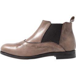 Lilimill CADY Ankle boot brush tortora. Szare botki damskie na zamek lilimill, z materiału. Za 589,00 zł.