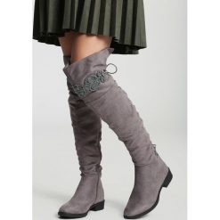Ciemnoszare Kozaki Wishing Window. Szare buty zimowe damskie vices, na płaskiej podeszwie. Za 139,99 zł.