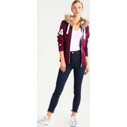 Bluzy damskie: Superdry TRACK&FIELD  Bluza rozpinana sprinter burgundy marl