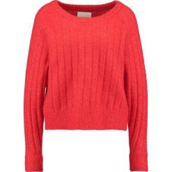 Swetry klasyczne damskie: Samsøe & Samsøe NOR Sweter high red