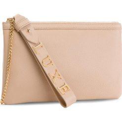 Torebka GUESS - HWMADA L8474 NUD. Brązowe torebki klasyczne damskie Guess, z aplikacjami, ze skóry. Za 559,00 zł.