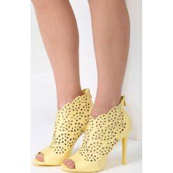 Żółte Sandały You Look. Żółte sandały damskie vices, na wysokim obcasie. Za 99,99 zł.