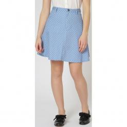 Spódnica w kolorze jasnoniebieskim. Niebieskie spódniczki rozkloszowane TrakaBarraka, xs, w kropki, midi. W wyprzedaży za 89,95 zł.