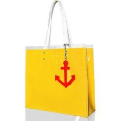 Torebki klasyczne damskie: Marynarska torba z folią żółta