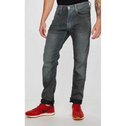 G-Star Raw - Jeansy. Szare jeansy męskie regular G-Star RAW, z bawełny. W wyprzedaży za 479,90 zł.