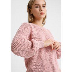 Swetry klasyczne damskie: Dorothy Perkins Petite LEAD IN FASHION SLEEVE JUMPER Sweter pink